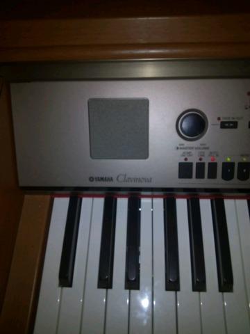 YAMAHA PIANOLA CVP 301 - foto 5