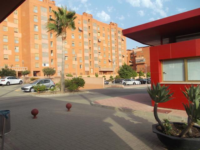 AMPL. UNIVERSIDAD-EL CONSUL-SE VENDE - foto 5
