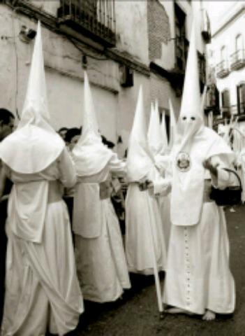CONFECCION Y ARREGLOS TRAJES DE NAZARENO - foto 1