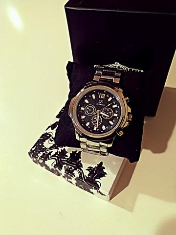 Reloj Casio Acerinox Plateado Y Negro