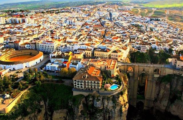 LOCALES EN TODO RONDA - foto 1