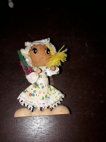 Muñeca Antigua De Madera