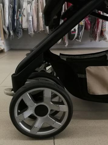 Reparacion y cambio de ruedas cochecito jane carrera pro