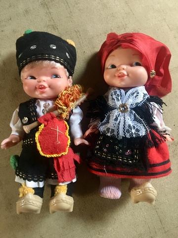Muñecos Famosa