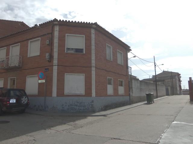 CASA CON 440 M2  PARCELA EN TORDESILLAS - foto 2