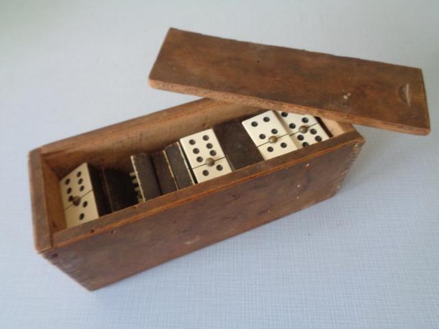 Antiguo Domino Juego De De Domino Domino Antiguo Juego Juego Antiguo De Madera Madera IHDY9WE2
