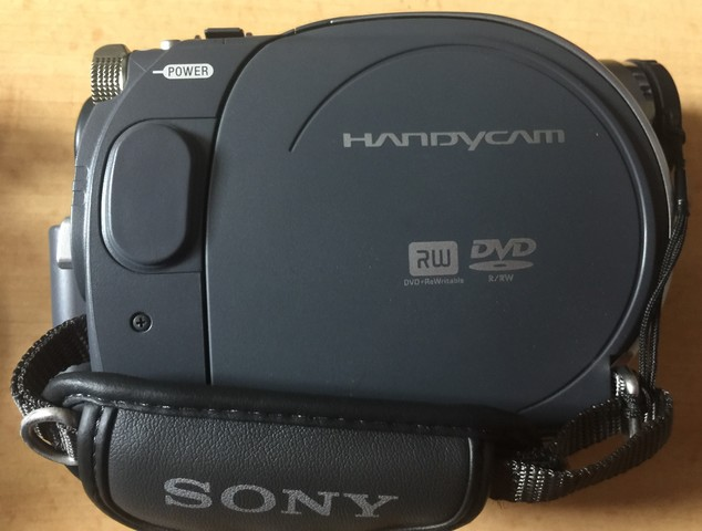 CAMARA DE VIDEO HANDYCAM DE SONY - foto 3