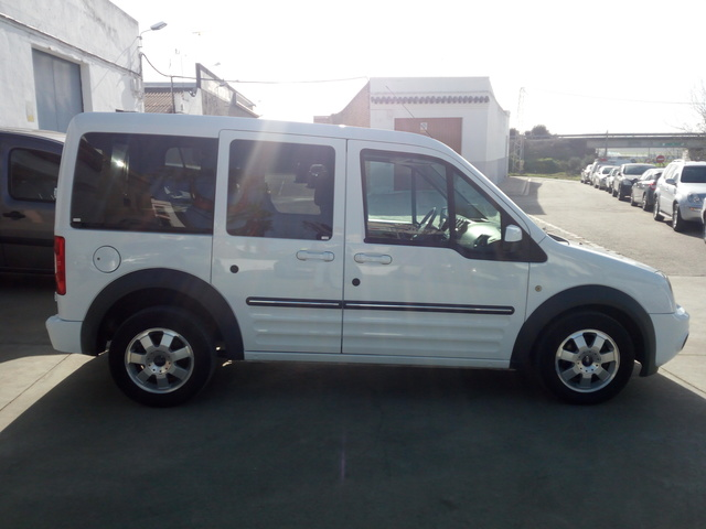 FORD - CONNECT 1. 8TDCI 110CV 210S - foto 4