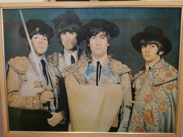 Poster Beatles Vestidos Toreros