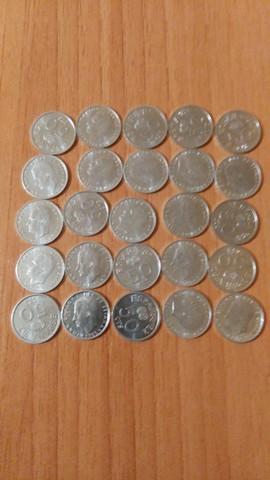 Lote De 25 Monedas De 50 Ctm De 1980.