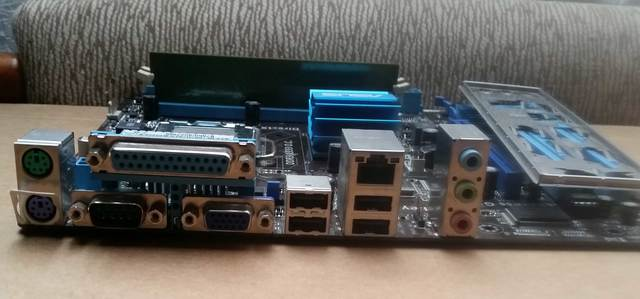 PLACA BASE 775 P5G41T-MLX  DDR3  ASUS - foto 3