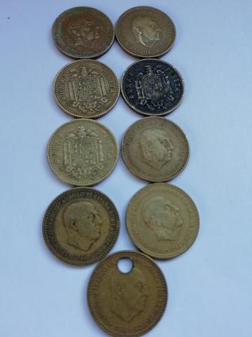 Monedas De Una Peseta De Franco