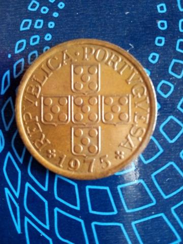 Moneda Portuguesa Año 1975