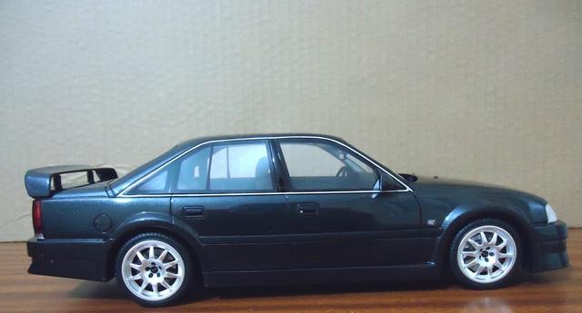 Opel Omega 1:18