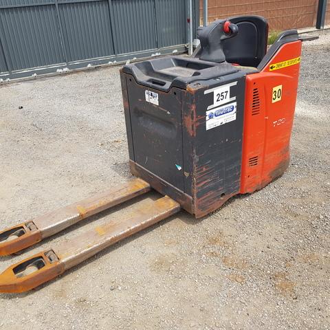 TRANSPALETA ELECTRICA LINDE T20 - foto 1