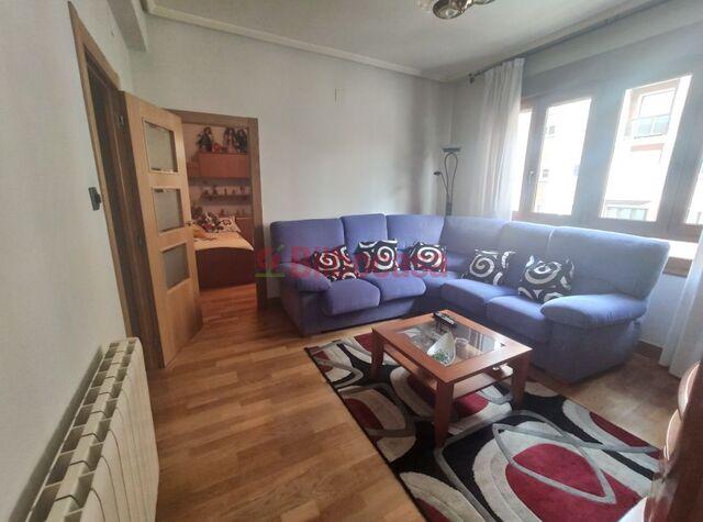 REF: 15273.  PISO EN VENTA - foto 2