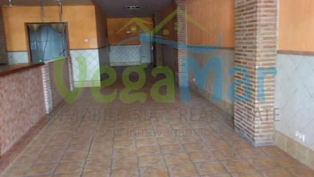 VENTA BAJO COMERCIAL,  CENTRO ALMUÑÉCAR - foto 9