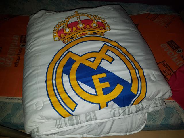 Cojin Edredon Real Madrid.Mil Anuncios Com Edredones Real Madrid Segunda Mano Y Anuncios