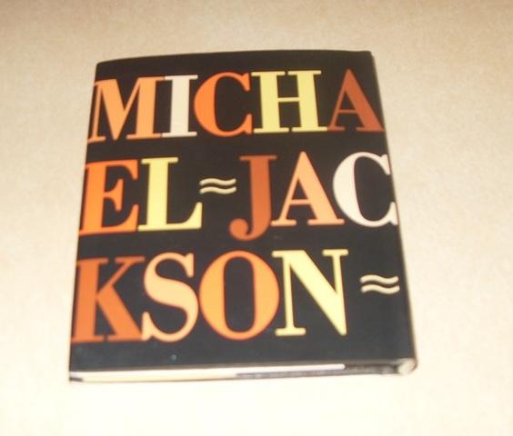 LIBRO MICHAEL JACKSON ROBERT HALE - foto 2