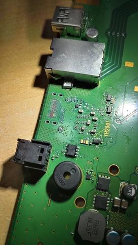 RESCONSTRUYEN PISTA HDMI PS4 - foto 3