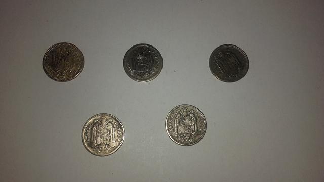 Vendo Monedas De 1Pts