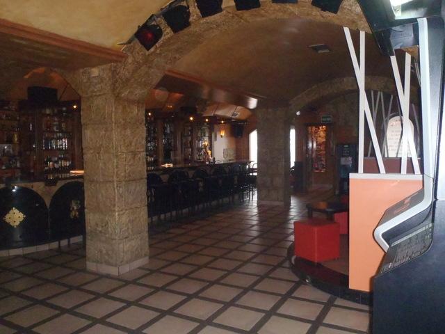 ALQUILO CAFE PUB - foto 1