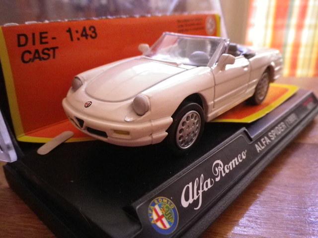 Alfa Romeo Spider Esc 1/43