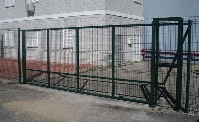 Puerta Corredera Para Vallas De Exterior