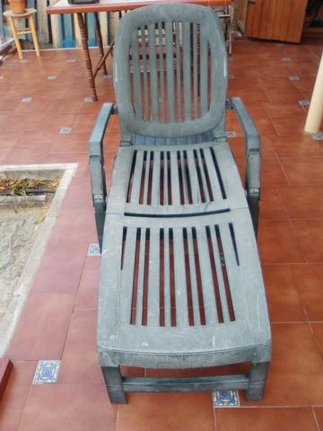 TUMBONA DE RESINA, usado segunda mano  La Torre de Esteban Hambrán