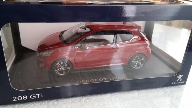 Peugeot 208 GTI 2013 negro metálico maqueta de coche 1:18 norev