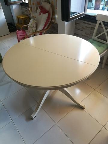MESA REDONDA DE IKEA BLANCA