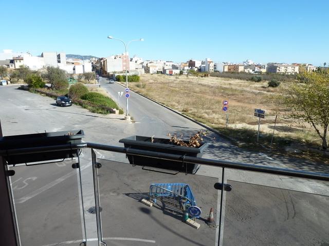 PISO EN CALLE COLÓN,  BUENAS CALIDADES - foto 2