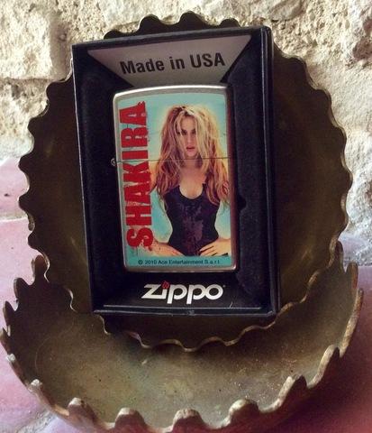 Zippo Shakira