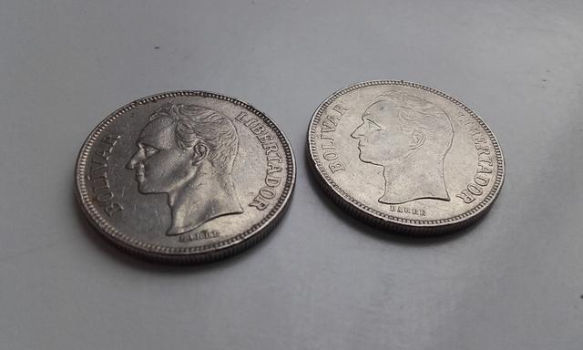 2 Monedas 5 Bolivares 1973