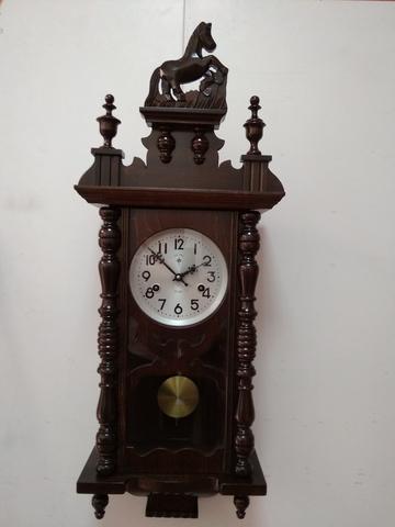 Reloj De Pared Retro De Péndulo A Cuerda