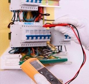 ELECTRICISTA BARATO EN MÁLAGA - foto 1