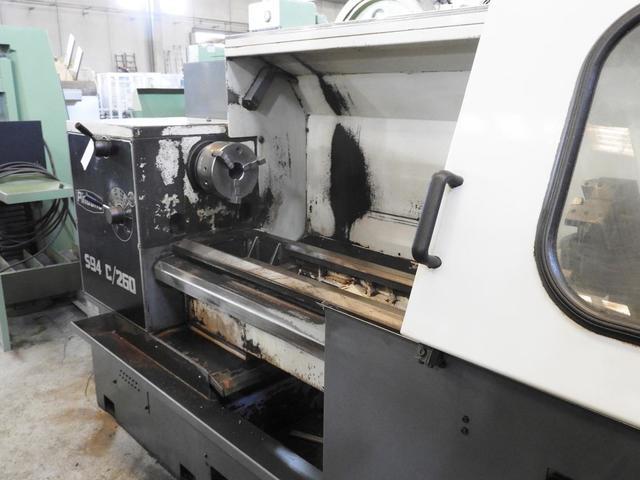 TORNO CNC CON CONTROL FAGOR 800T - foto 2