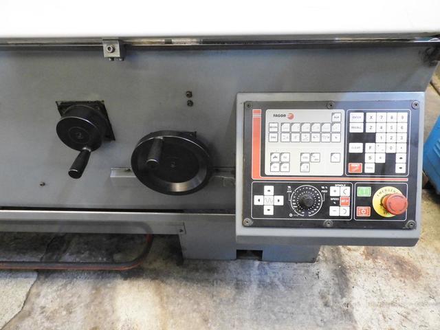 TORNO CNC CON CONTROL FAGOR 800T - foto 3
