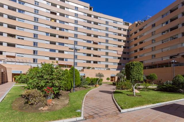 MALAGA,  HOSPITAL MATERNO,  CIVIL,  CENTRO - foto 1
