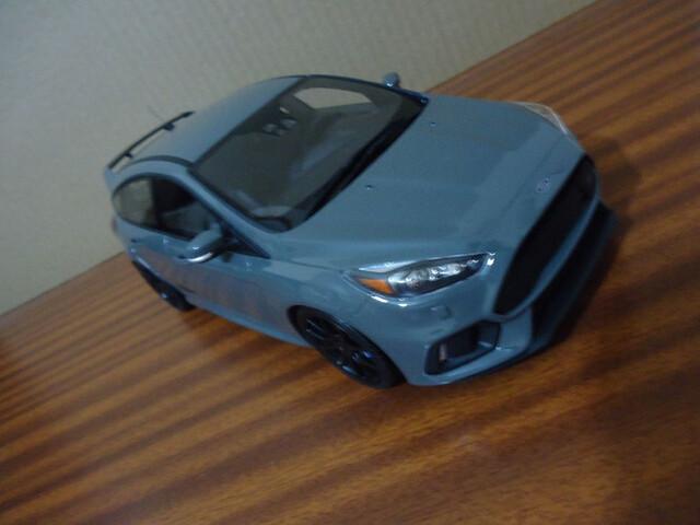 Ford Focus 1:18