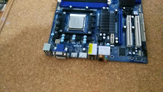 PLACA 939 ASROCK 939A785GMH HDMI - foto 2