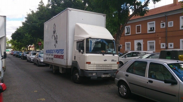 ALQUILER CAMION 120 +CONDUCTOR - foto 2