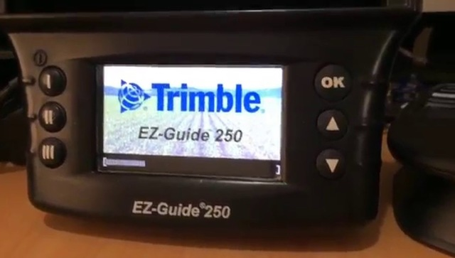 GPS  TRIMBLE EZ GUIDE 250 - foto 4