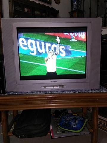TV SCHNEIDER CON TDT - foto 1