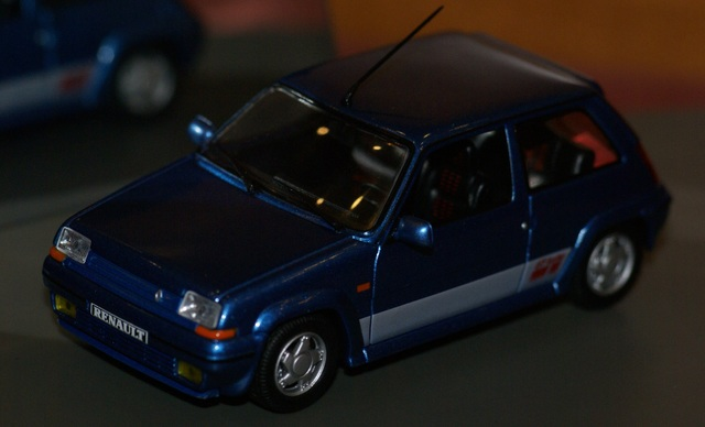 Renault 5 Gt Turbo Azul Blue Escala 1:43