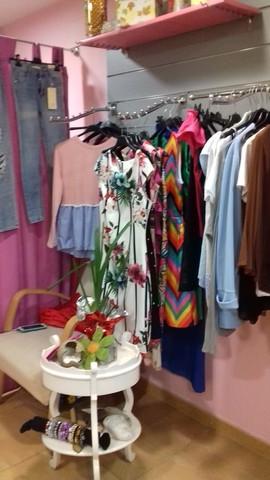 fb3fd2aa MIL ANUNCIOS.COM - Traspasos de tiendas de moda en Granada: Traspaso o  venta de tienda de moda en Granada