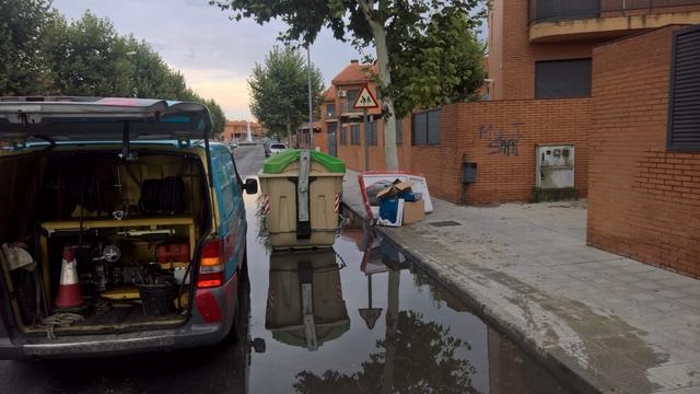 POCERO DESATASCOS - foto 1
