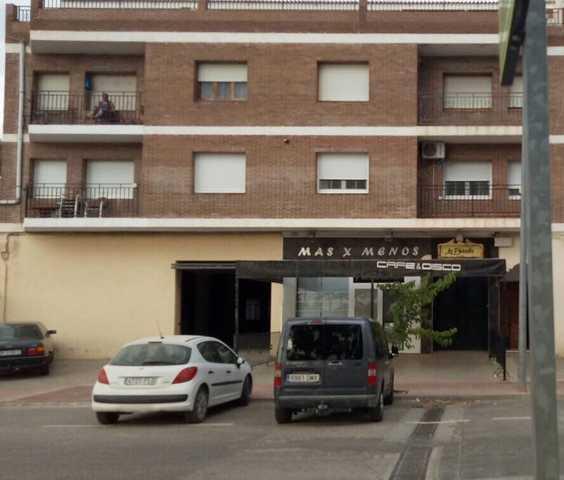 VENTA Y ALQUILER DE DOS LOCALES JUNTOS - foto 1