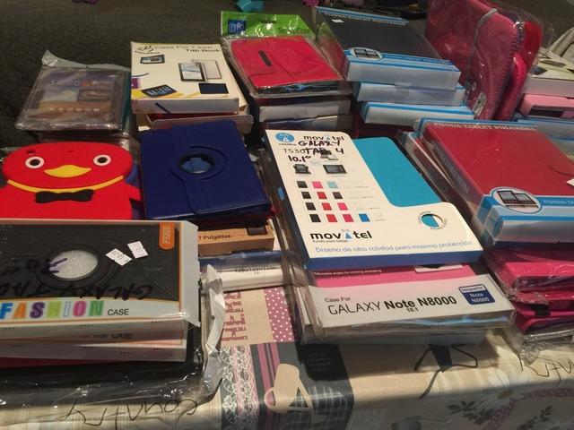 LOTE FUNDAS TABLET MÁS DE 100 UNID - foto 2