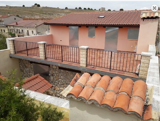 U-CASA DE BANCO CALLE ERAS - foto 1